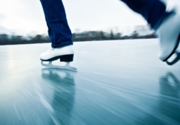 Places to go outdoor skating in Vancouver