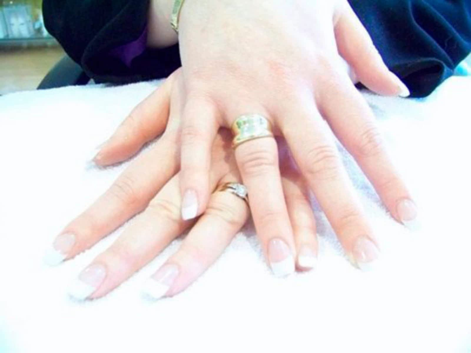 Fantastic Nails and Spa - Opening Hours - 725 Wellington Rd, London, ON