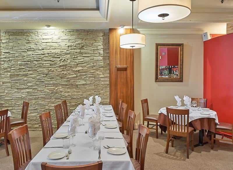 Restaurants With Private Rooms Surrey Bc