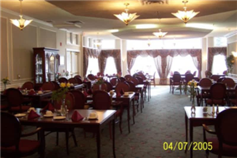 Waterford of summerlea the edmonton ab 9395 172 st for Best private dining rooms edmonton