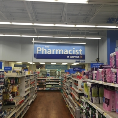 Walmart Supercentre - Pharmacies - 250-261-5585