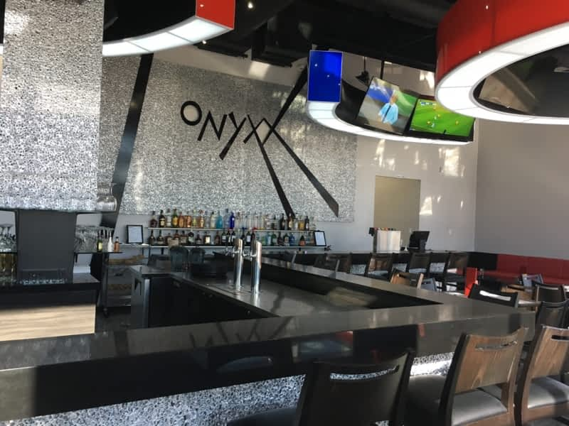Onyxx Sports Bar And Grill Brampton On 70 Maritime