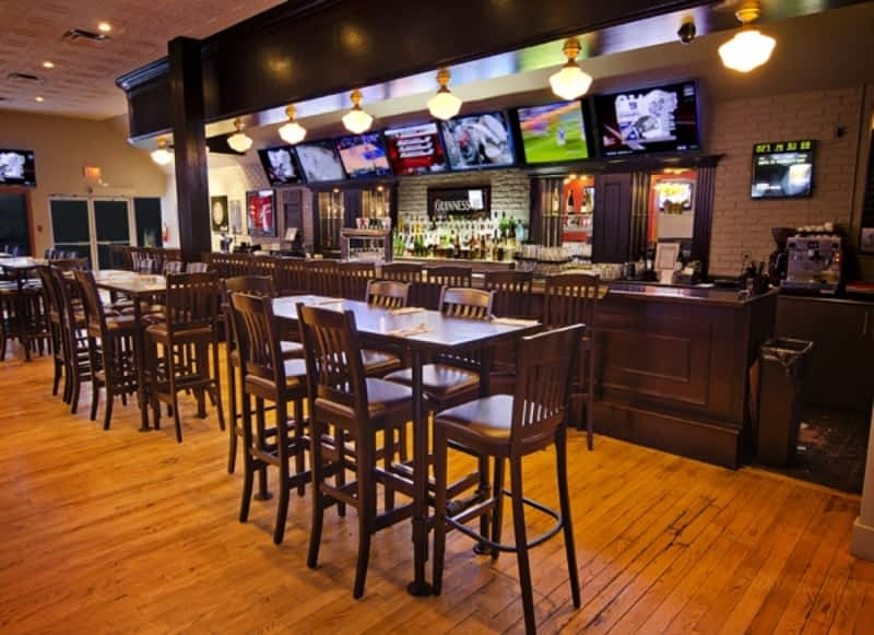 photo Rally Sports Bar