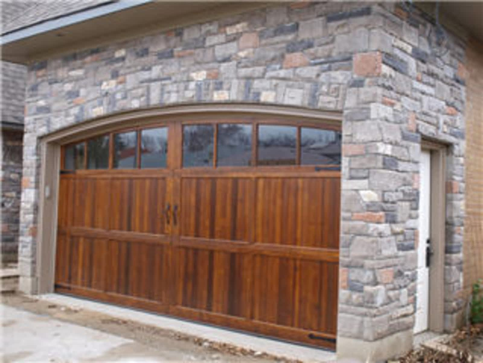 & Markham Garage Doors - Opening Hours - 11-176 Bullock Dr Markham ON