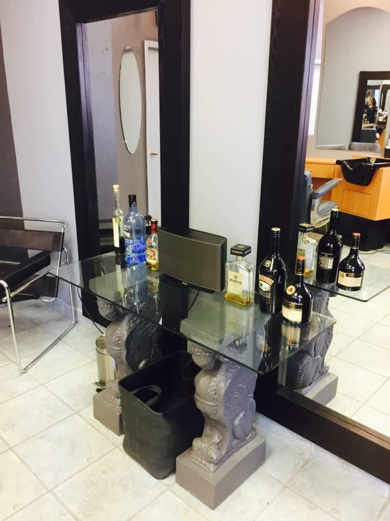 coiffure club pour homme inc laval qc 245 boul de la concorde e canpages. Black Bedroom Furniture Sets. Home Design Ideas