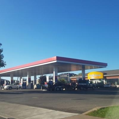 Esso - Gas Stations - 514-683-4693