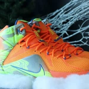 outlet store 2bca9 3629c Courtside Sneakers - Photo ...