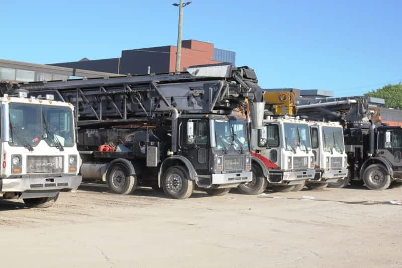 photo Ontario Trucking & Disposal Ontario Inc