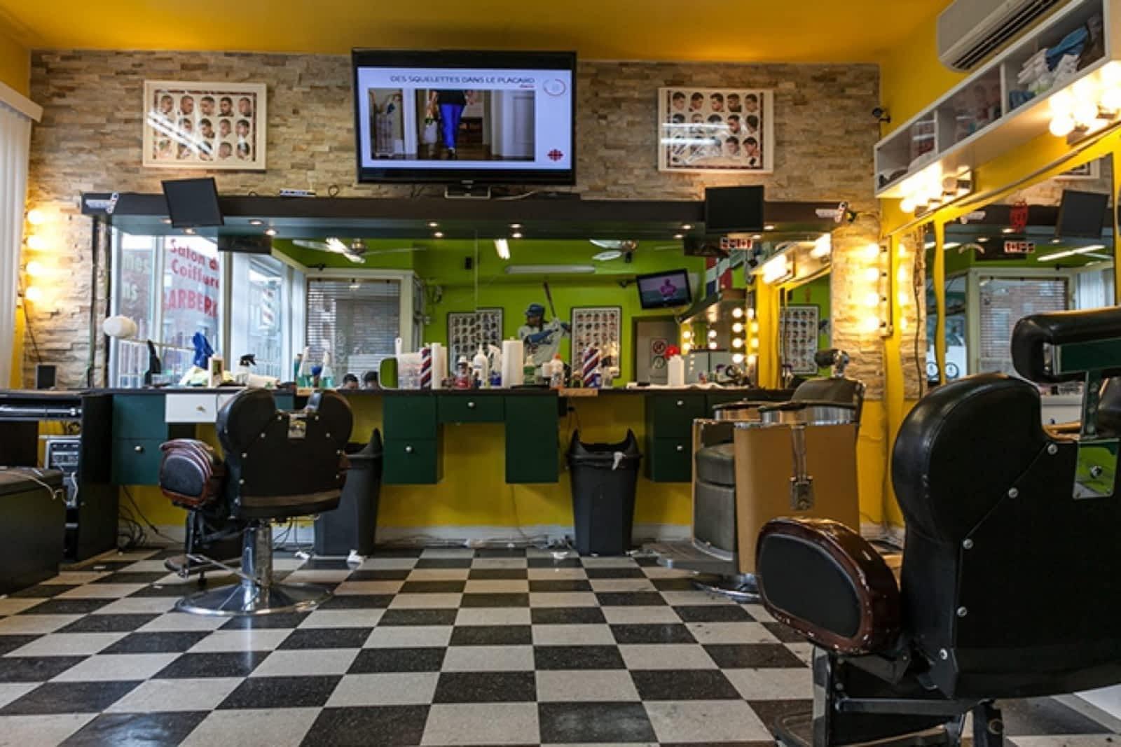 Salon De Coiffure Barberito - Opening Hours - 56, rue Beaubien E ...