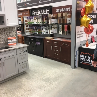 The Home Depot - Quincailleries - 204-928-7110