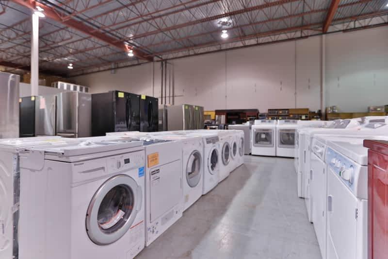 Trail Appliances Clearance Centre Delta Bc 820