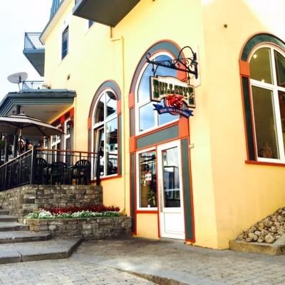 Bullseye Saloon - Bars
