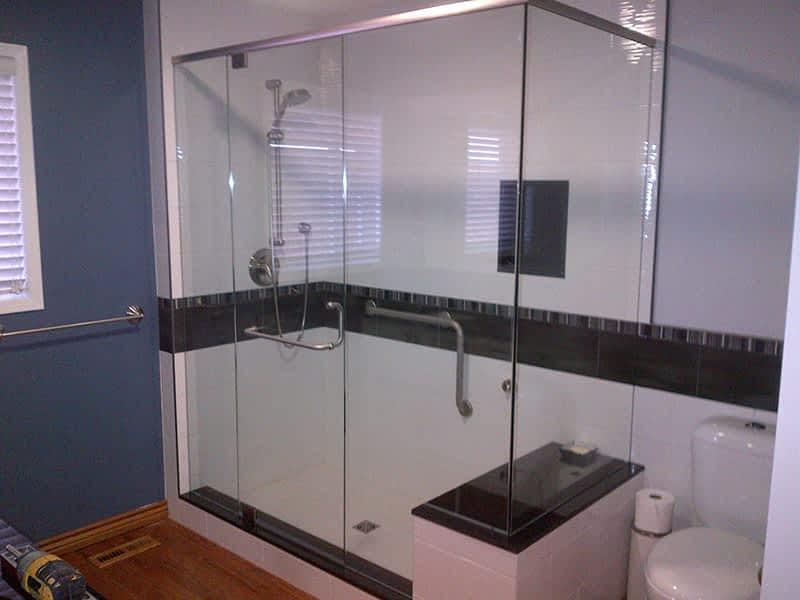 photo Caledon Tile Bath & Kitchen Centre
