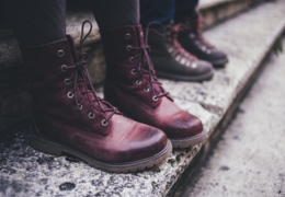 Toronto shoe stores with fashionable fall footwear