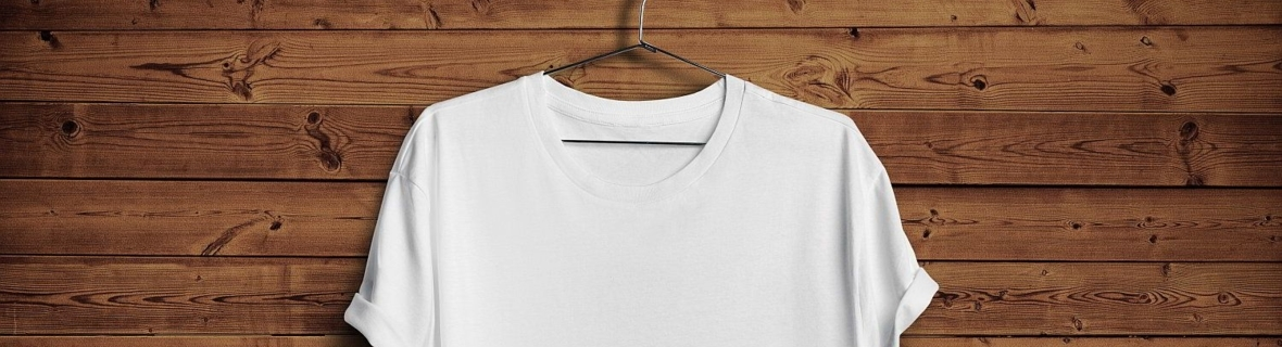 Top spots to buy a basic t-shirt in Montreal