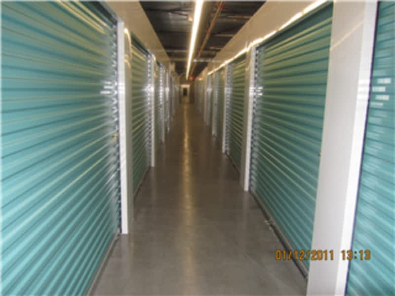 Queensborough Mini Storage Ltd New Westminster Bc 800