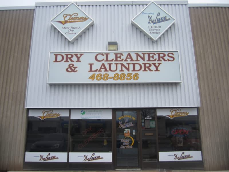 photo Deluxe Cleaners&Cleaners Express