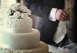 Top wedding cake shops in Calgary