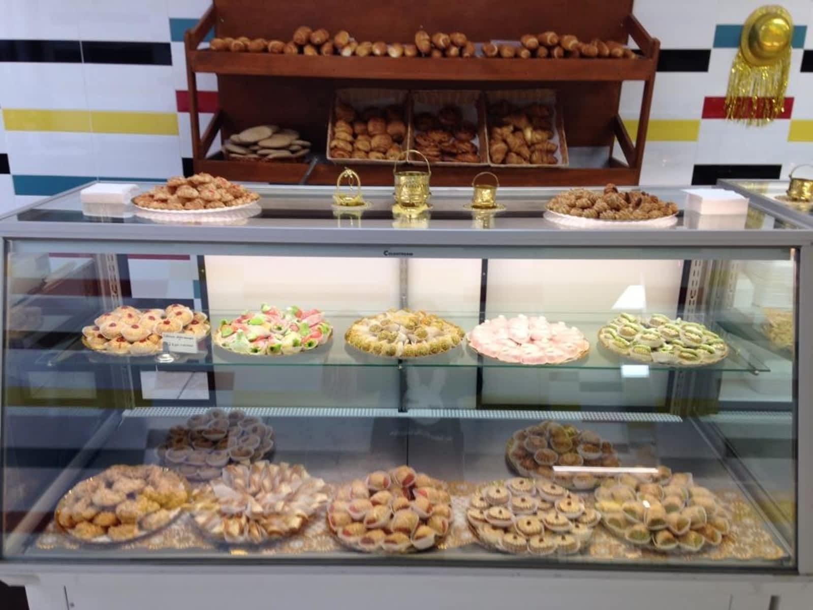 Boulangerie Patisserie Casablanca , Horaire d\u0027ouverture , 12289 boul  Laurentien, Montréal, QC