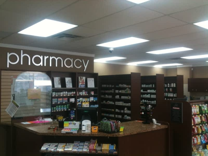 photo Waterdown Village Pharmasave