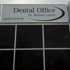 Dr Roman Lysiuk, M J - Dentistes