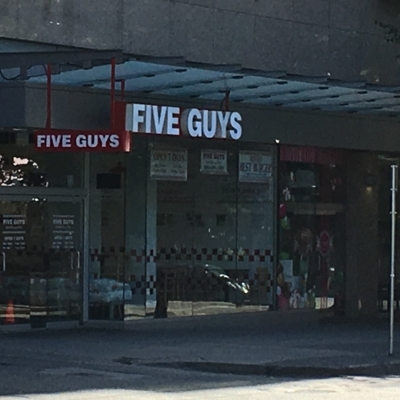 Five Guys - Fast Food Restaurants - 604-685-1585
