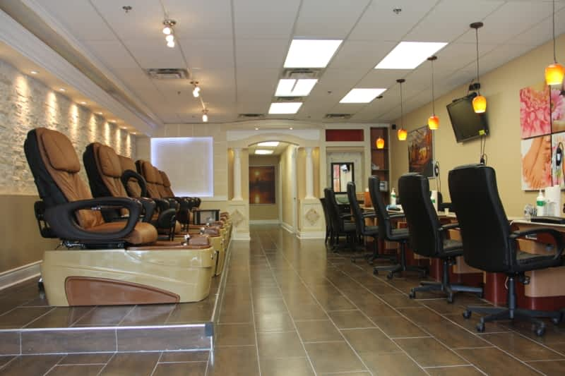 Lotus Nail & Spa - North York, ON - 900 Don Mills Rd | Canpages