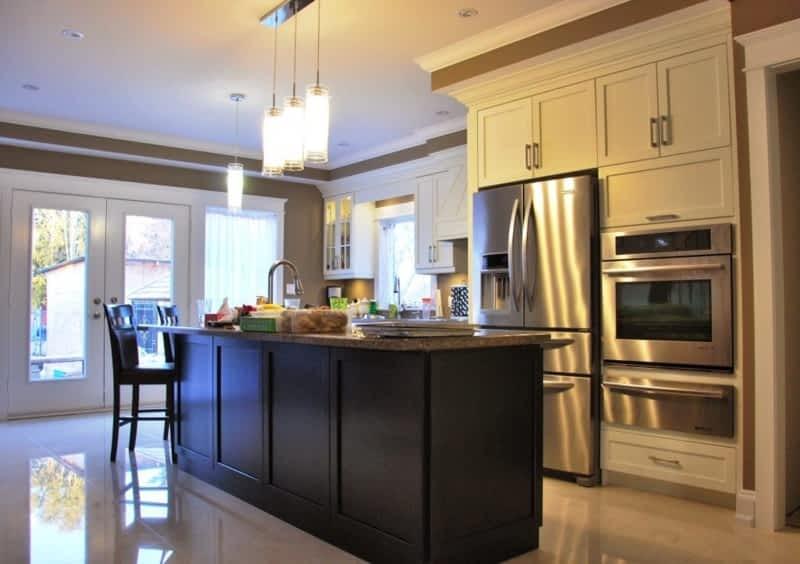 Beyond Kitchens & Bath Inc - Mississauga, ON - 5-136 Watline Ave ...