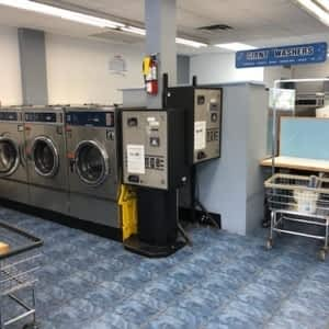 Best Coin Laundry - Opening Hours - 4218 Lawrence Ave E