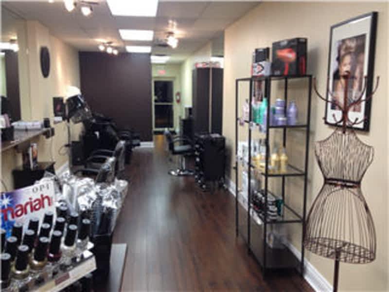 Breeze hair salon oakville on 2402 lake shore west for Hair salons open near me