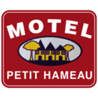 Motel Petit Hameau - Hôtels - 418-872-2510