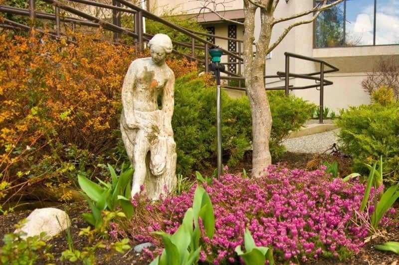 Concord Retirement Residence - White Rock, BC - 15869 ...