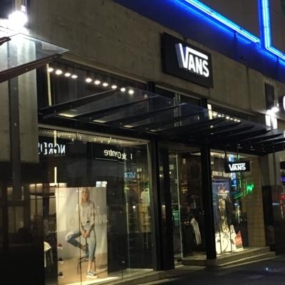 Vans - Shoe Stores
