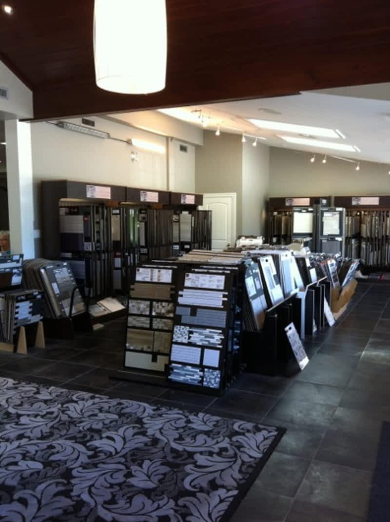 Whelan S Flooring Centre Selwyn On 2512 Chemong Rd