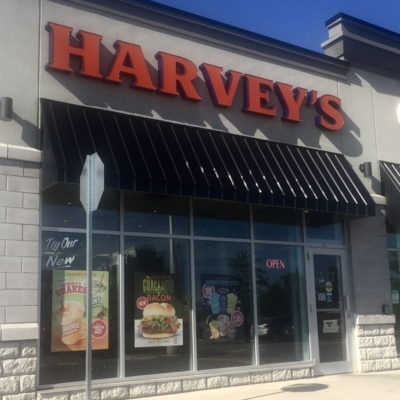 Harvey's - Restaurants - 416-335-4545