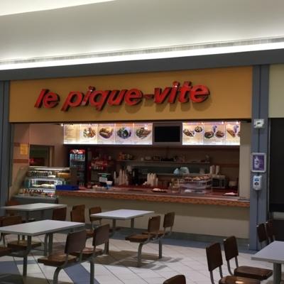 Le Pique Vite - Restaurants - 450-349-2228