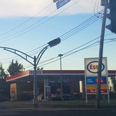 Esso - Gas Stations - 514-685-7176