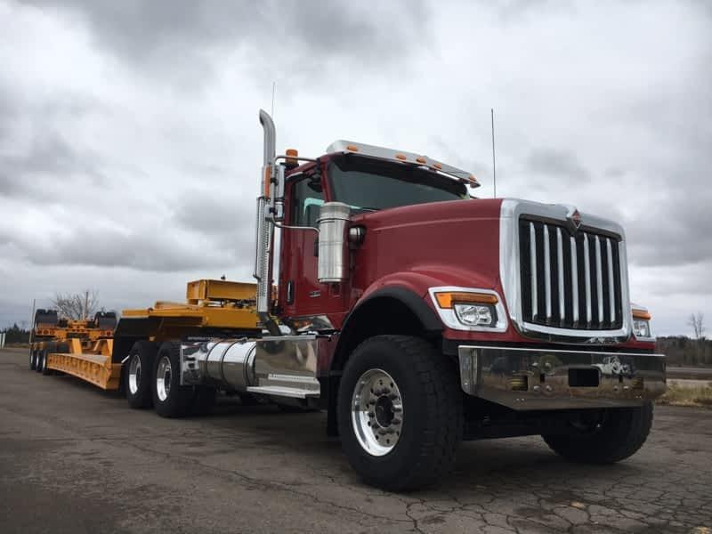 photo East Coast International Trucks