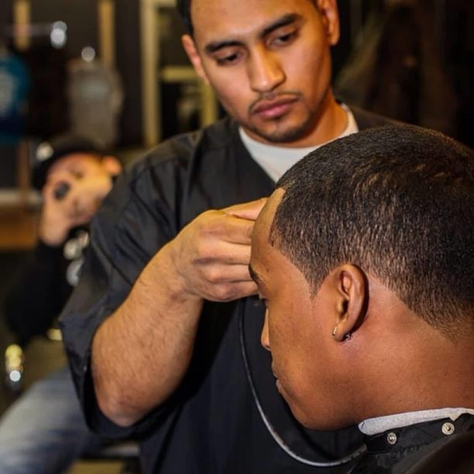Bello Stylez Barber Shop Opening Hours 10006 100 Ave Grande