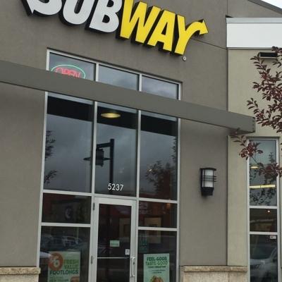 Subway - Restaurants - 780-406-0201