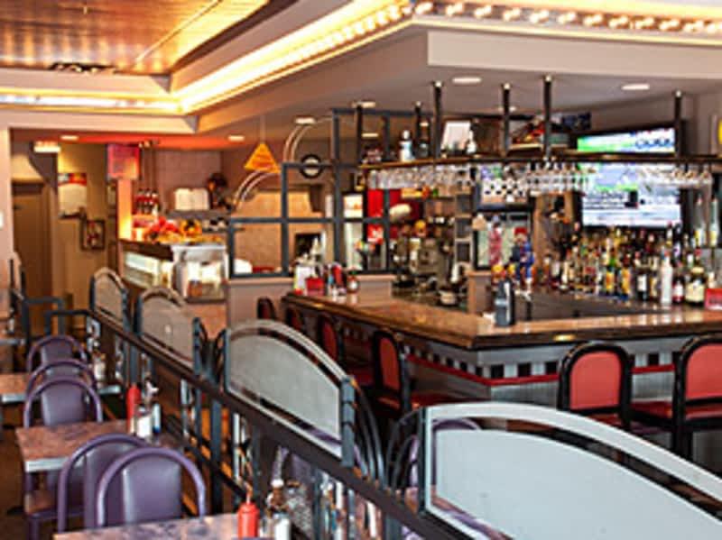 photo Terry's Restaurant & Bar