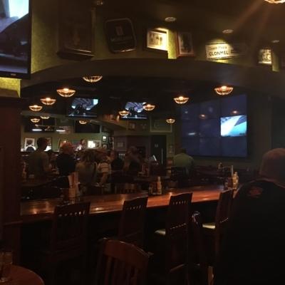 Tilted Kilt Pub & Eatery - Restaurants - 587-299-9729