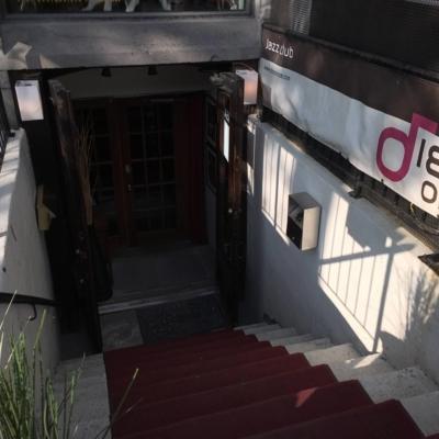 Diese Onze - Restaurants - 514-223-3543
