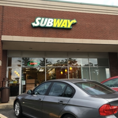 Subway - Sandwiches & Subs - 450-441-4181