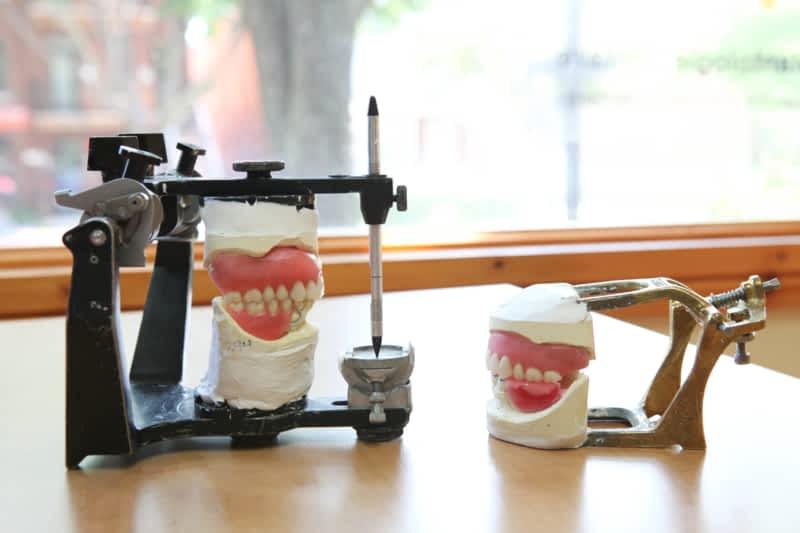 photo Clinique De Denturologie Du College