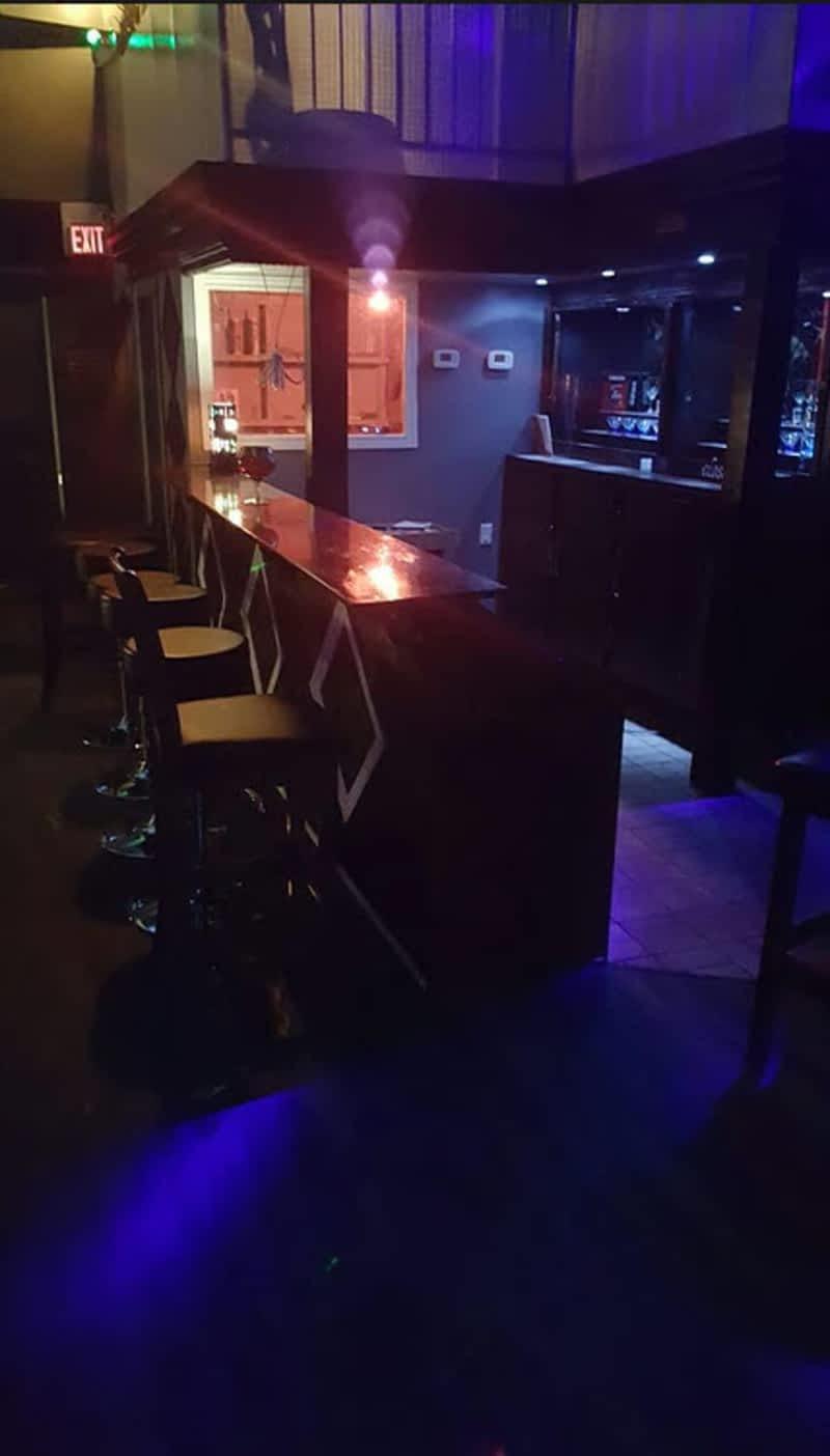 photo R Square Restaurant & Bar