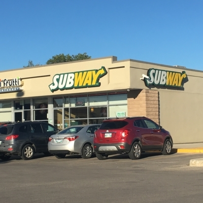 Subway - Sandwiches & Subs - 204-832-3750