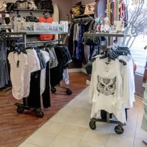 52ce1c6917f Ella Bella Maternity Boutique - Opening Hours - 286-10816 MacLeod ...