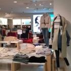 Gap - Magasins de vêtements pour femmes - 604-431-6559
