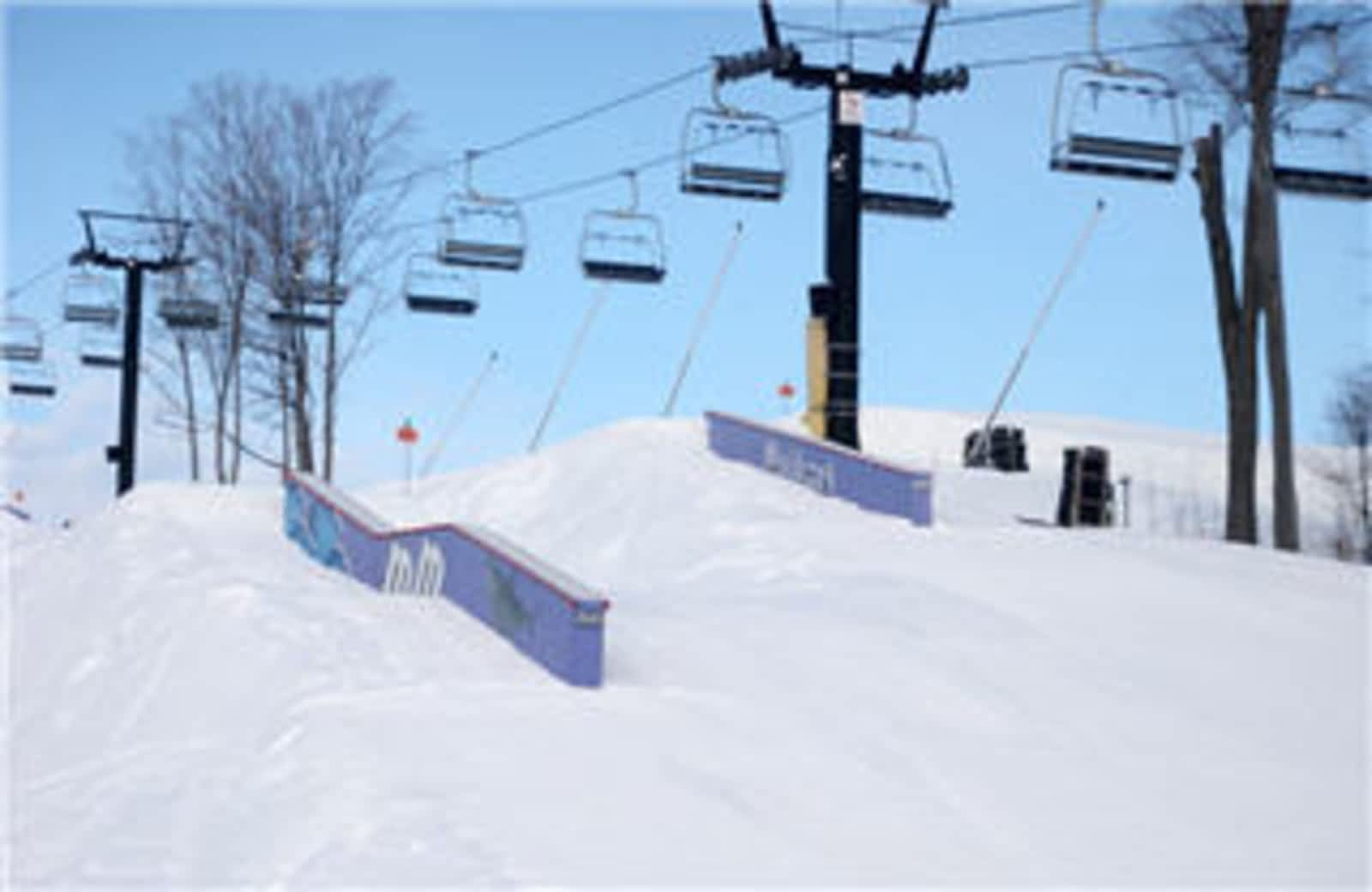 mt st louis-moonstone ski area - opening hours - 24 mt st louis rd w